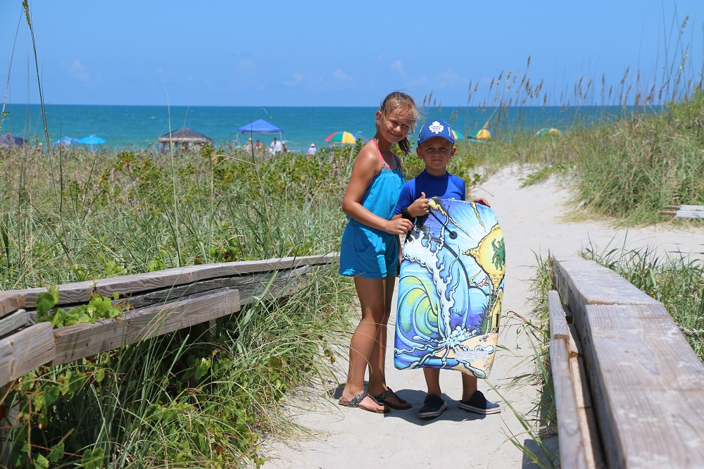cocoa beach, the resort on cocoa beach review, resort on cocoa beach reviews, cocoa beach hotel, cocoa beach with kids, cocoa beach hotel with kids