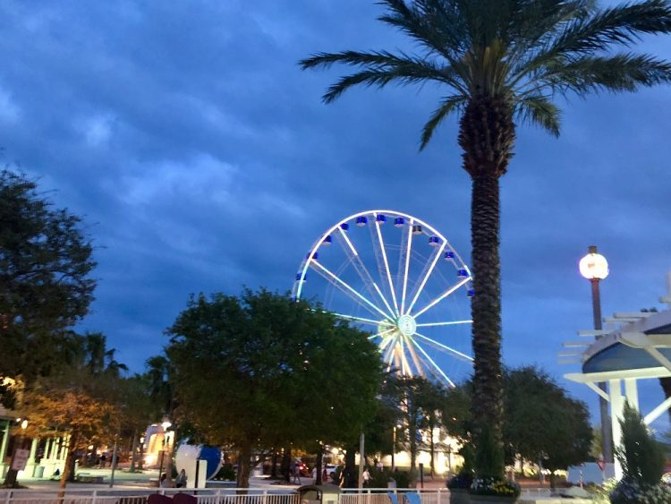 Panama City Beach Attractions, Skywheel at night